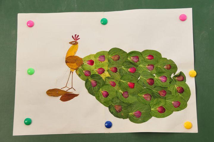 叶子贴画——记二年六班美术课
