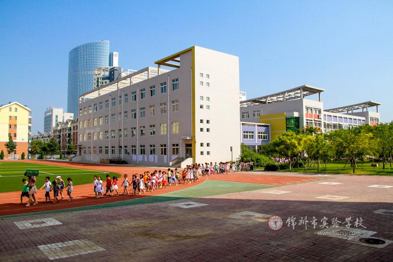 小学教学楼(组图)